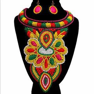 Jewelry - Bib necklace set